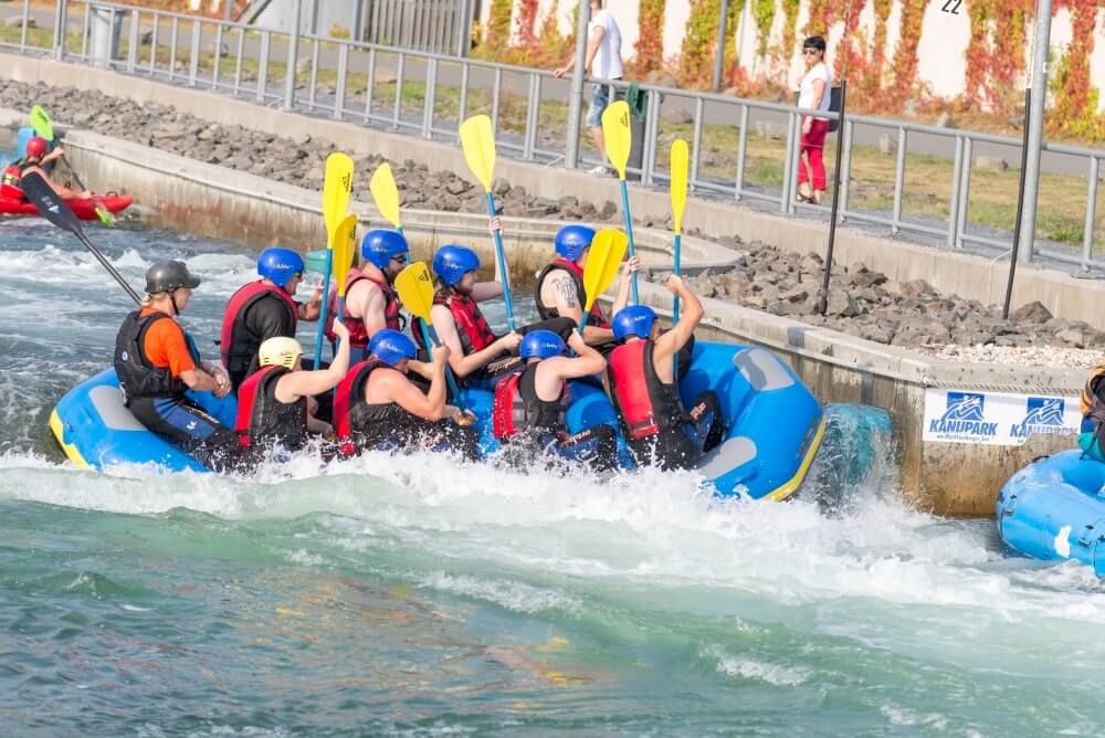 TEAMWellner Event 2016 - Rafting - Boot Kippt..!